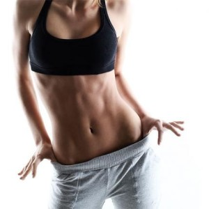 600_woman-with-flat-stomach